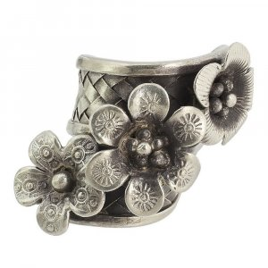Handmade Tribal Oxidized Silver Antique Designer Floral Ring Vintage Jewelry