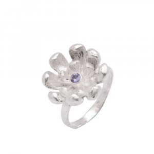 Pretty Design Tanzanite Gemstone Oxidized Silver Floral Ring Womens Jewelry